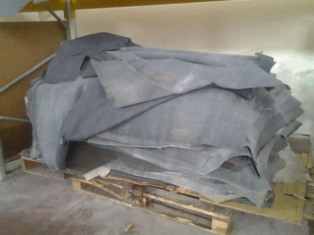 Leather stocklot - Cow split heavy leather - Leather, leather